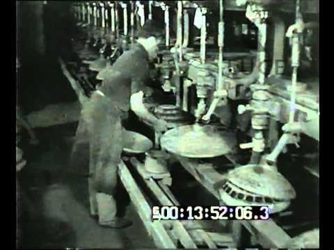 In una nostra officina artigiana di lenti per occhiali from YouTube · Duration:  1 minutes 42 seconds