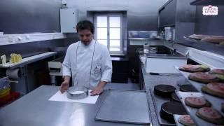 Konditoreimeister Hannes Lubinger über das richtige Tortenglasieren