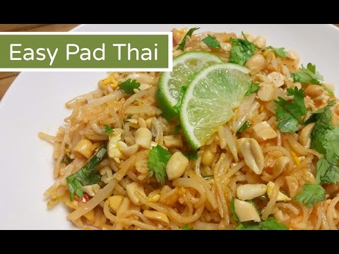 How To Make Pad Thai Easy Pad Thai Amy Learns To Cook