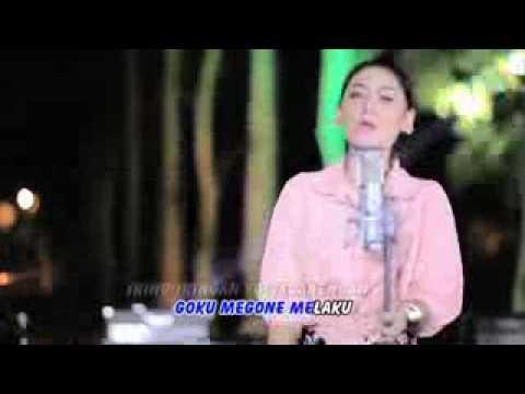 Vita Alvia   Gowor   Official Video