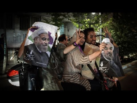 Record Iran Vote Turnout Gives Rouhani a Big Mandate