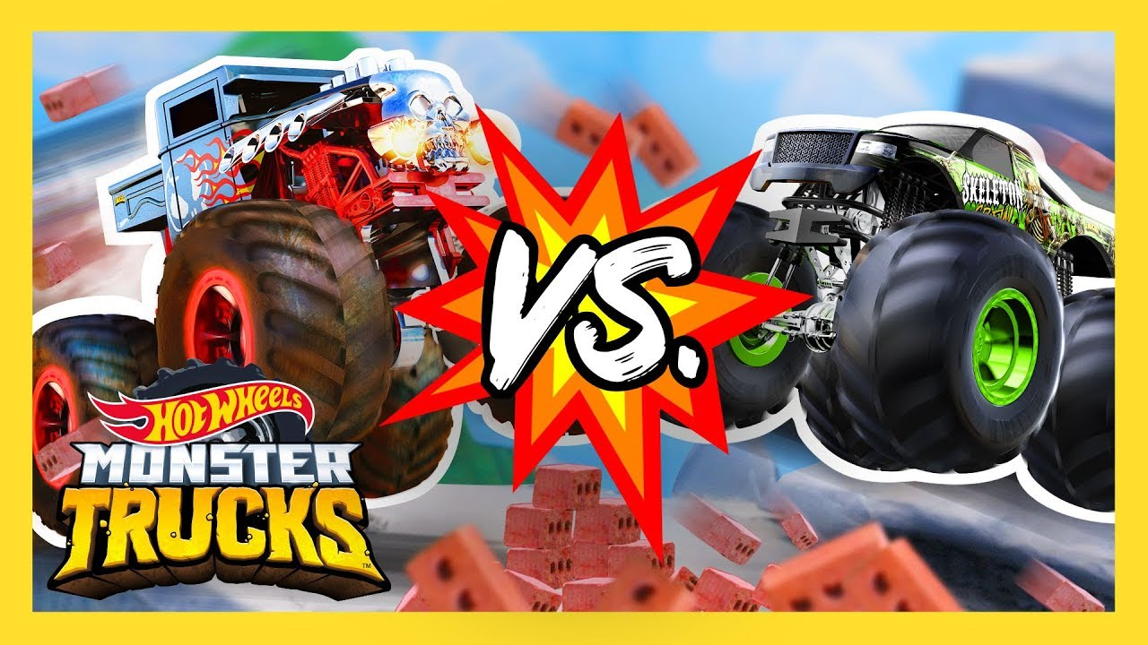Monster Truck Teams Battle It Out Monster Trucks Hot Wheels Youtube