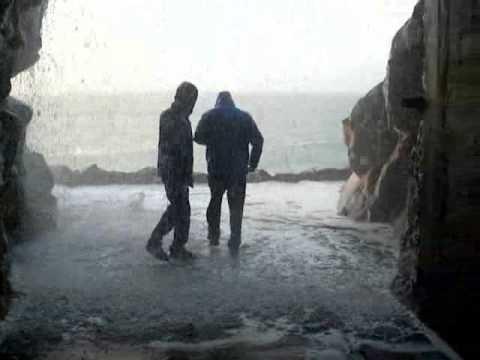 Ola gigante inunda túnel accidente temporal Prioriño Ferrol - Storm accident huge wave floods tunnel