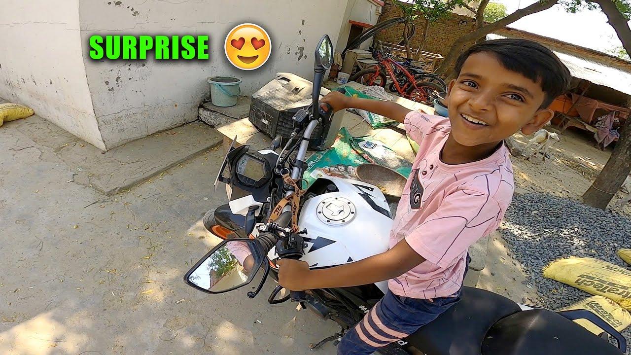 Zeeshan ki New Big Bike 😳😍