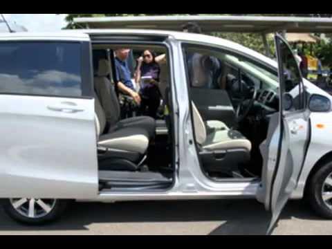 Motor Honda Freed Terbaru 2014-2015 - YouTube