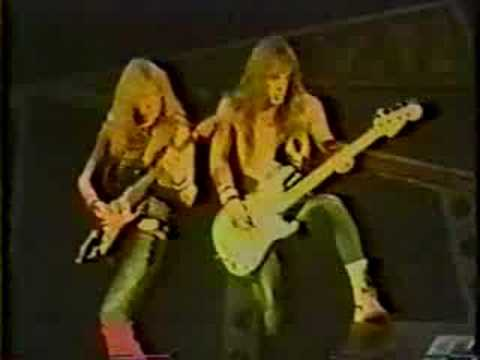 Iron Maiden-12.Hallowed Be Thy Name(Bercy,France 1986)