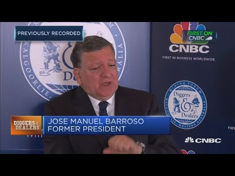 The US-China trade war is 'very worrying': José Manuel Barroso | Street Signs Asia