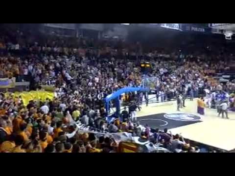 Anadolu Efes Istanbul - ALBA Berlin Highlights | Turkish Airlines EuroLeague, RS Round 2 from YouTube · Duration:  3 minutes 57 seconds