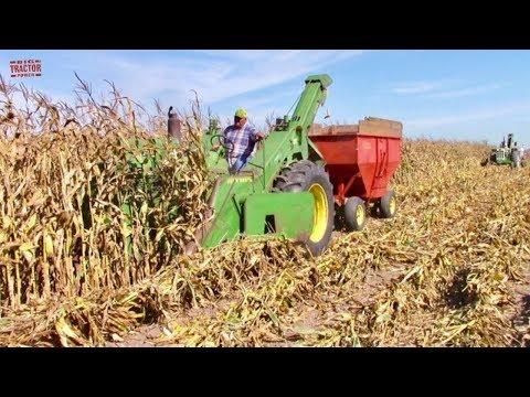 Corn Picking Tractors At The 2019 Half Century Of Progress Show