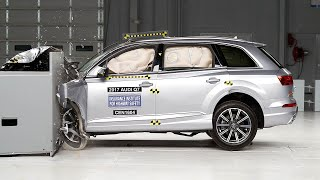 2017 Audi Q7 driver-side small overlap IIHS crash test