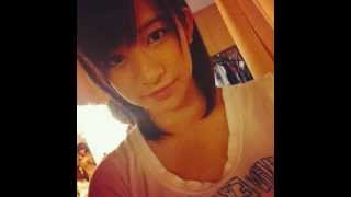 AKB48チームBの竹内美宥さん。母は声楽科の竹内そのかさん。 ぐぐたす...