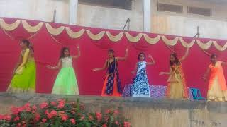 Dance on it happens only in India & des rangila by Apurva & frndz