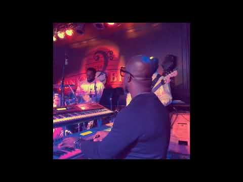 "Nathan Mitchell on keys w/ Eric Darius ""Dare 2 Dream"" LIVE @ The Funky Biscuit"
