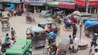 ব্যাটারিচালিত রিকশায় ঠাকুরগাঁও শহরে যানজট