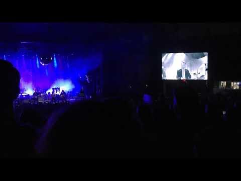 Arcade Fire - 02-Neighborhood 2 (Laika) (09-20-18) (Greek Theatre)
