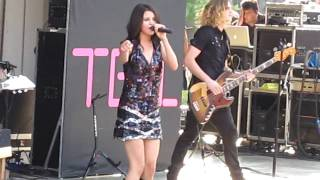 selena gomez a year without rain live at six flags st louis 8 22 2010