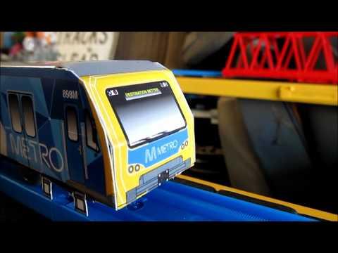 Tomy Trackmaster Melbourne Metro X'trapolis train running model