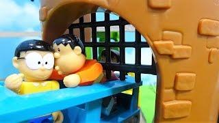 アンパンマンがドラえもんプラレールに乗ってるよぉ~♪機関車トーマスがドラえもん電車を押してくれるよぉ~♪ゆうぴょん♪♪1190