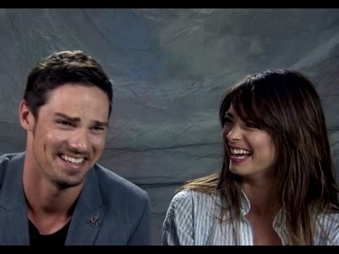 Kristin Kreuk & Jay Ryan  at Comic Con 2013
