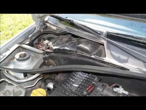 Wymiana Filtra Kabinowego W Samochodzie Renault Clio 2 Youtube