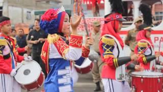 Karnaval Batik Besurek 2017 - Drum Band MTs-N 1 Kota Bengkulu (no edit)