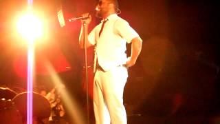 Musiq Soulchild Live @ Bataclan 2013 HalfCrazy & TeachMe