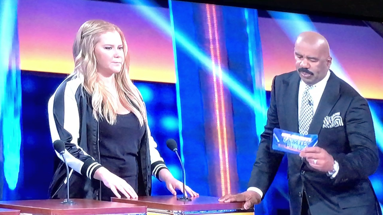 Celebrity family feud Amy Schumer Kelly Clarkson