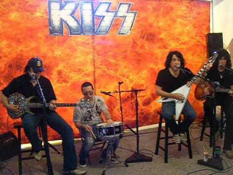 KISS - Shandi - Meet and Greet Private Set - Tampa,FL 7-28-2012