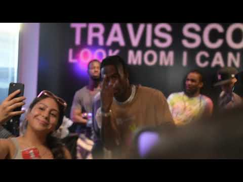 travis-scott-look-mom-i-can-fly-pop-up!!