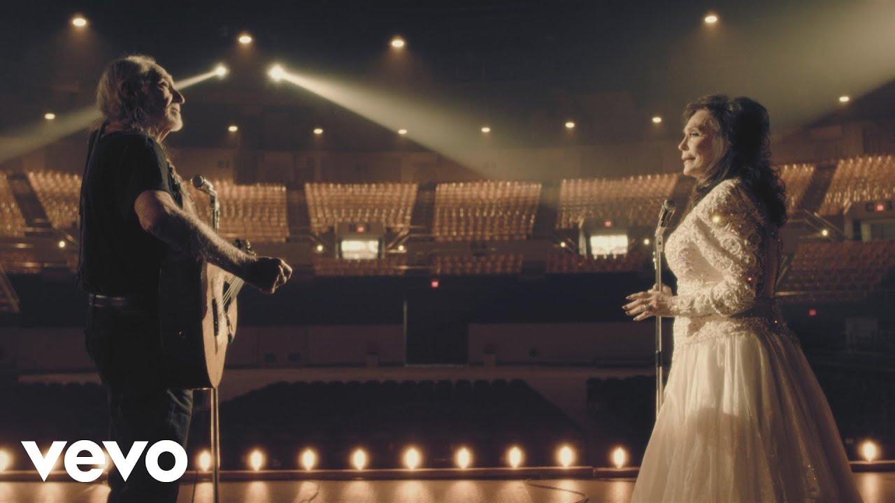 loretta-lynn-lay-me-down-duet-with-willie-nelson-lorettalynnvevo