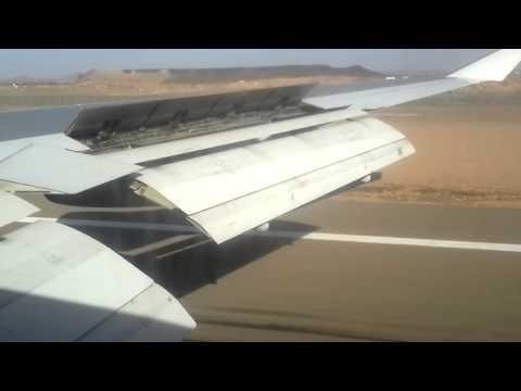 Saudi Arabian Airlines( Air Atlanta icelandic) Boeing 747-400 Landing in médina airport
