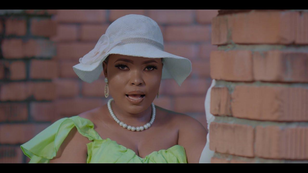 Download Anjella - Sina Bahati (Official Music Video)