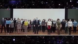 В Коряжме  провели флешмоб ко Дню космонавтики во главе с мэром и администрацией