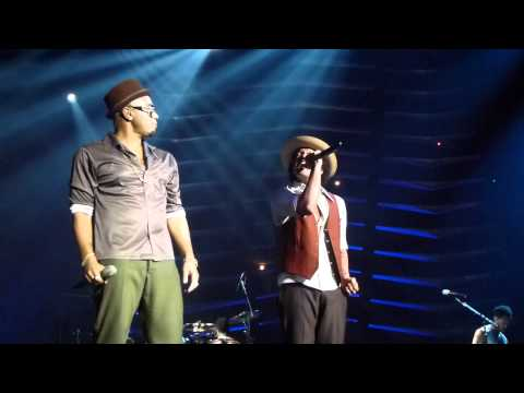 Bruno Mars live Badalona (barcelona) - If I Knew- Videos De Viajes