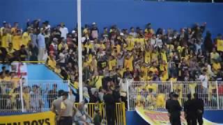 S-MAN Bernyanyi Tanpa henti Sriwijaya FC VS Persegres Gresik Gojek Traveloka Liga 1 2017