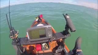 Pêche en dérive de la plie en kayak dans le port artificiel d'Arromanches (14) le 21 août 2017