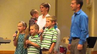 Daryl Petersheim Family/Garment of Praise Quartet - I Love It When He Works That Way