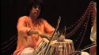 Indian tabla player Zakir Hussain turns 62 (Hindi)