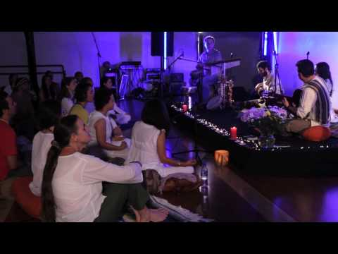 """Shivani - """"Lokah Samastah Sukhino Bhavantu"""" Live"""