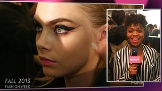 Anna Sui '60s Makeup Makes Us Want to Bat Our Lashes | New York Fashion Week thumbnail