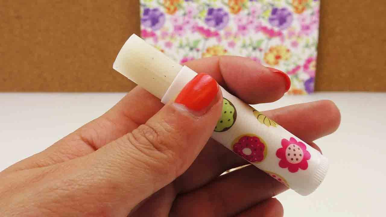 diy lippenbalsam mit vanille selber machen leichtes. Black Bedroom Furniture Sets. Home Design Ideas