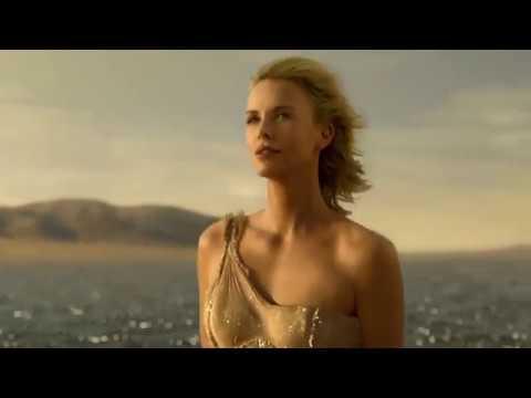 J'adore - The Absolute Femininity - El nuevo anuncio de Charlize Theron para Dior dirigido por Mondino
