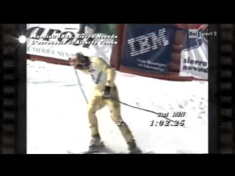 Mondiali di sci 1996 Sierra Nevada, l'acrobazia di Alberto Tomba   Perle di sport   YouTube