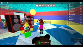 roblox party work at a pizza place awesome bounce castle in backyard awesome party gameplay.