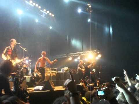Die Toten Hosen - Represion (Los Violadores) (15/9/2012 - Argentina)