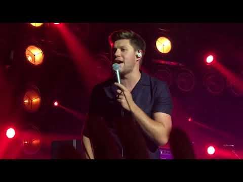 Slow Hands - Niall Horan @ Flicker World Tour Brussels