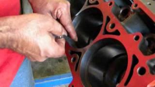 """como checar el """"end gap"""" de los anillos en un motor de alto rendimiento"""