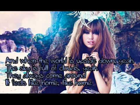 Aura Dione - Friends (Lyrics) - YouTube
