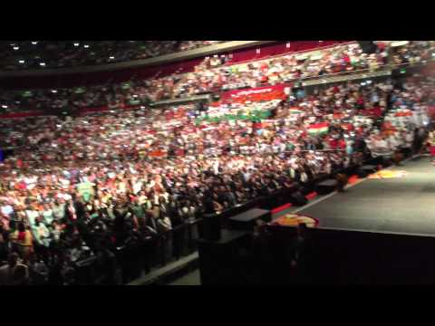 Narendra Modi Entering All Phones Arena in Sydney