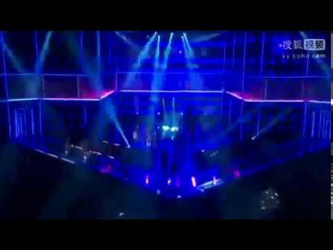 Nicki Minaj - Anaconda (Live At Fashion Rocks 2014) - YouTube